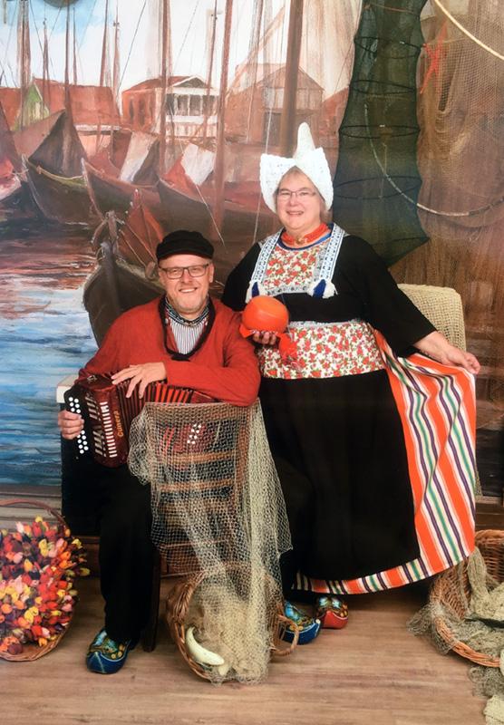 portret in Volendamse klederdracht